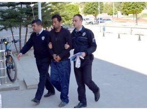 Marketten hırsızlık yapan zanlı tutuklandı