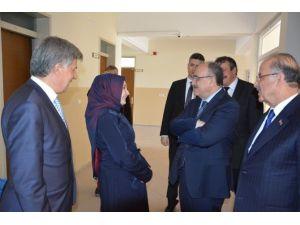 AK Parti Van Milletvekili Beşir Atalay Kırıkkale'de
