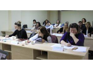 Bandırma'da Farkındalık Ve Empatik İletişim Semineri Düzenlendi
