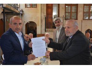 Suriyeli Kanaat Önderleri, Belediye Başkanı Kara'yı Ziyaret Etti