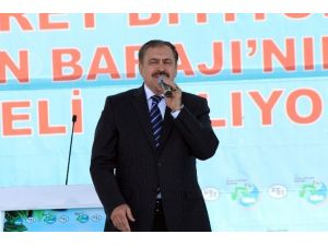 """Bakan Eroğlu: """"Eskiden Bir Gölet 22 Yılda Bitiriliyordu, Şimdi Bir Baraj 18 Ayda Tamamlanıyor"""""""