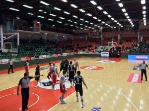 Büyükşehir Basket Takımı Bandırma'da Mağlup Oldu