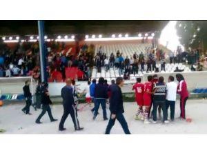 İzmir'de Amatör Maçta Olaylar Çıktı