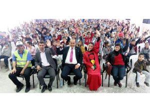Karpuzlu Belediyesi Çocukları Eğlendirerek Öğretti