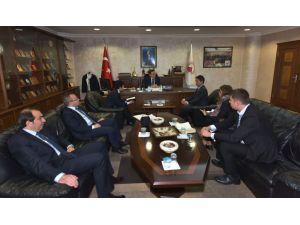'Girişimcilikte Türk iş adamları Japonlara göre daha cesaretli'