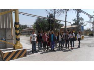 Çukurova Üniversitesi Seramik Bölümü öğrencileri Şişecam'ı gezdi