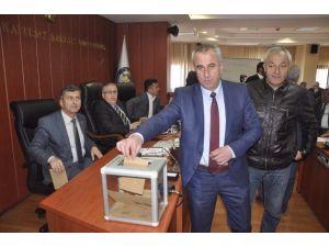 İl Genel Meclisi Başkanlığına Necdet Karaveli Seçildi