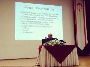 """Doç. Dr. Özcan: """"İstihbarat Siyasileşmeden Siyaset Üretimine Hizmet Etmeli"""""""