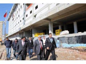 Başkan, Devlet Hastanesi Çalışmalarını İnceledi