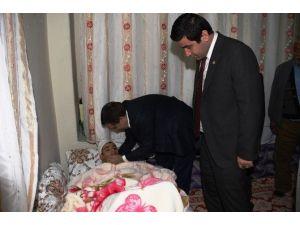 Şanlıurfalı Gaziyi Vali İzzettin Küçük Evinde Ziyaret Etti