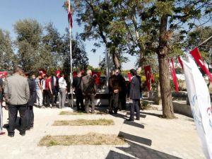 Dünya ve olimpiyat şampiyonu İsmet Atlı mezarı başında anıldı