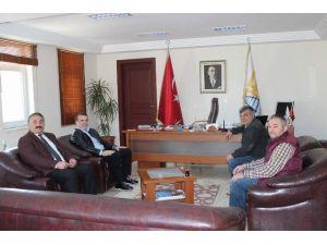 Eski Başkan İbrahim Uslu'dan Karakullukçu'ya Ziyaret
