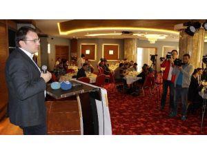Başkan Ecertaş Manisa'da STK'larla Bir Araya Geldi