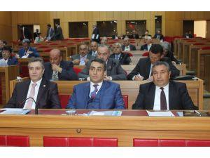 Yerel mecliste iktidar ve muhalefet ittifak yaptı