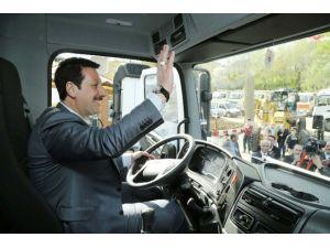 İlkadım Belediyesi Yeni Araç Filosunu Tanıttı