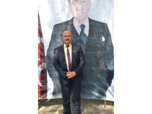 MHP Balıkesir İl Teşkilatı Türkeş'i Andı