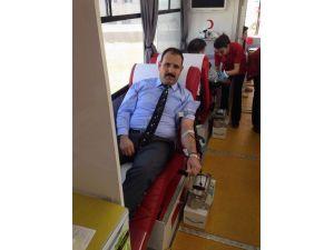 Sivas Adliyesi Personeli Kan Bağışladı