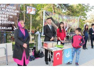 Vezirköprü'de Alparslan Türkeş Anıldı
