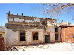 Karaman Belediyesi Tarihi Evleri Restore Ediyor