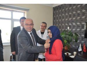 İl Başkanı Cahit Özden'den Başarılı Öğrencilere Ziyaret