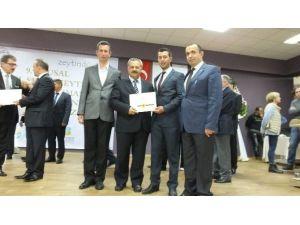 Burhaniye'de Belediye Zeytinyağına Altın Madalya