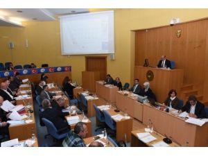 Düzce Belediyesi Meclisi Komisyon Üyeleri Seçildi