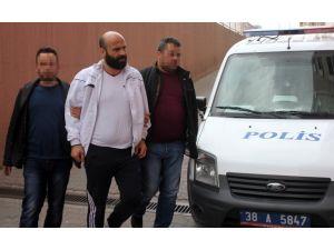 Yaraladıkları kişiyi otomobille ezerek öldüren 3 şüpheli tutuklandı