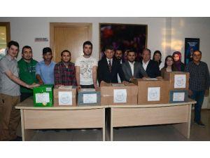 AK Parti'li Gençlerden Kitap Kampanyası