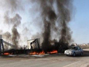 Teröristlerin Ateşe Verdiği Araçlar Küle Döndü