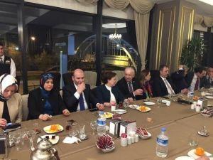 Zonguldaklı Vekillerden Ankara'da Tanışma Ve Kaynaşma Yemeği
