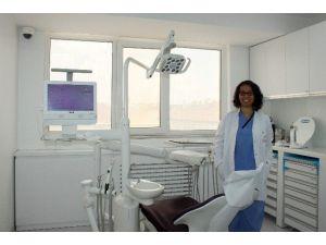 Diş ETİ Hastalıklarını Önemsemeyenler, Dişlerini Kaybedebilirler