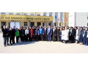 Başkan Karaosmanoğlu, Öğrenciler İle Buluştu