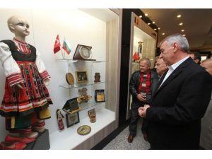 """Başkan Şenol: """"Kültür, Sanat Ve Barış Kentiyiz"""""""