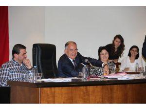 Selçuk Belediye Meclisinde Yeni Dönem Seçimleri Yapıldı