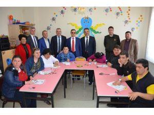Gemlik Belediyesi'nden Engelliler Okuluna Destek