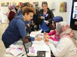Yılda 500 Bin Kadın Rahim Ağzı Kanserine Yakalanıyor
