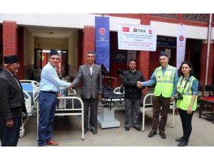 Nepal'de Bhaktapur Belediyesi Halk Sağlığı Merkezine Tıbbi Cihaz Ve Ekipman Desteği