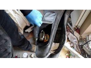 Gitar Çantası İçerisinde Bomba Ele Geçirildi