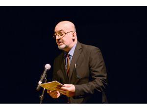 Diyarbakır Tiyatro Festivali, 'Neşe, Dert, Aşk' oyunu ile başladı