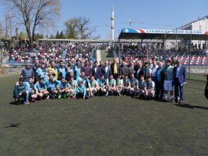 İstanbul'da Çemişgezek Futbol Turnuvası Düzenlendi