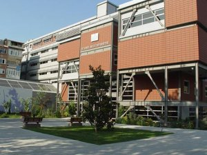 Üniversitede İntihara Teşebbüs