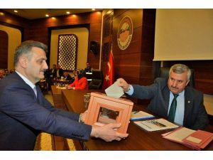 Körfez Belediyesi Nisan Ayı Meclisi Gerçekleştirildi