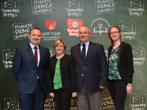 Sabri Ülker Vakfı, Yemekte Denge Eğitim Projesi Kapsamında İlk Çalıştay'ını Gerçekleştirdi