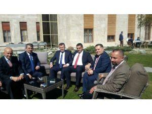 AK Parti Ankara'ya Çıkartma Yaptı