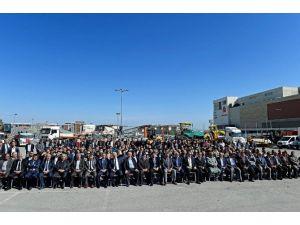 Büyükşehir Belediyesi 2016 Yılı Asfalt Sezonunu Açtı
