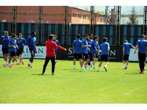 Kayseri Erciyesspor Balıkesirspor'a Bileniyor