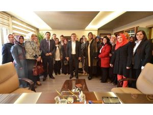 Hanımlardan Başkan Çetin'e Teşekkür Ziyareti