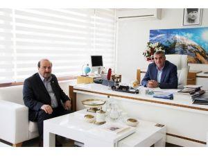 """Başkan Zeki Toçoğlu: """"Kızılay'a Desteğimiz Sürecek"""""""