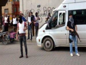 Adana'da Torbacılara Uzun Namlulu Silahlarla Uyuşturucu Operasyonu