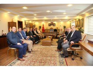 AK Parti Teşkilatından Başkan Karabacak'a Ziyaret